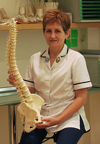 Estelle Mitchell, English Chartered Physiotherapist, MCSP, SRP, HPC, OCPPP, Grad Dip Phys. Col No 2070. Musculoskeletal Specialist