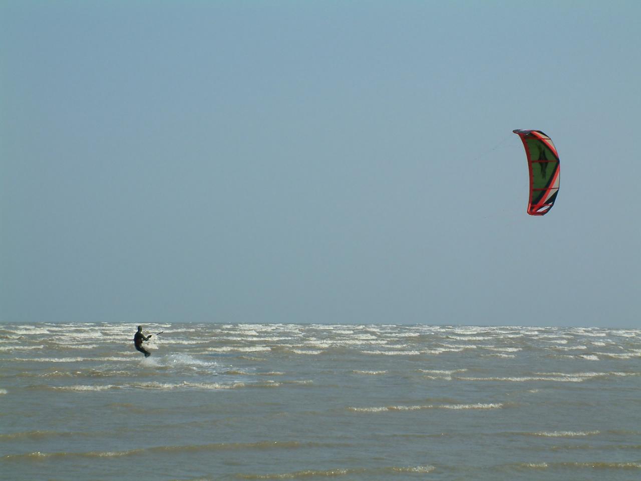 MRT gets Peter back to kitesurfing
